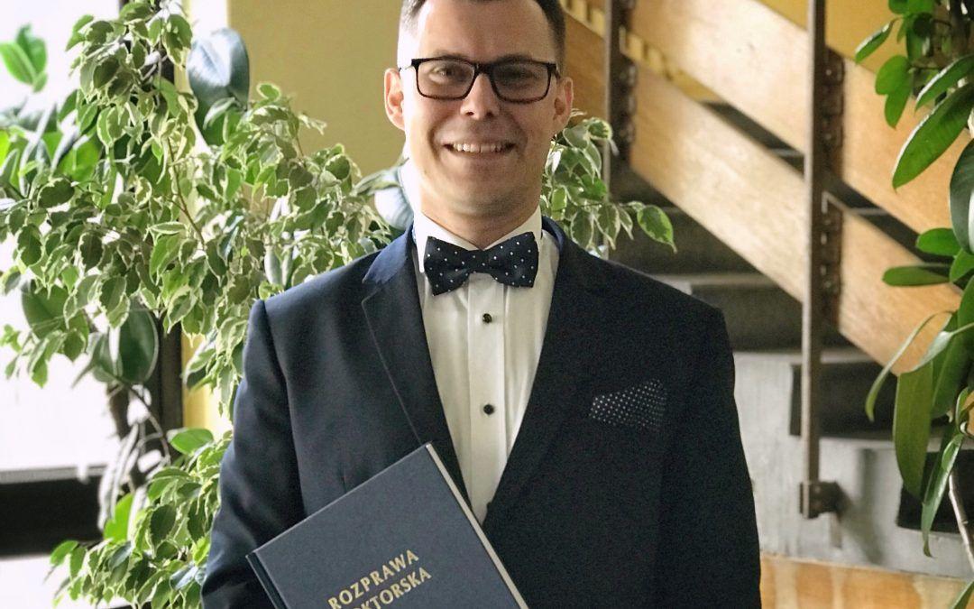 Nasz naukowiec Łukasz Filipczyk obronił rozprawę doktorską!
